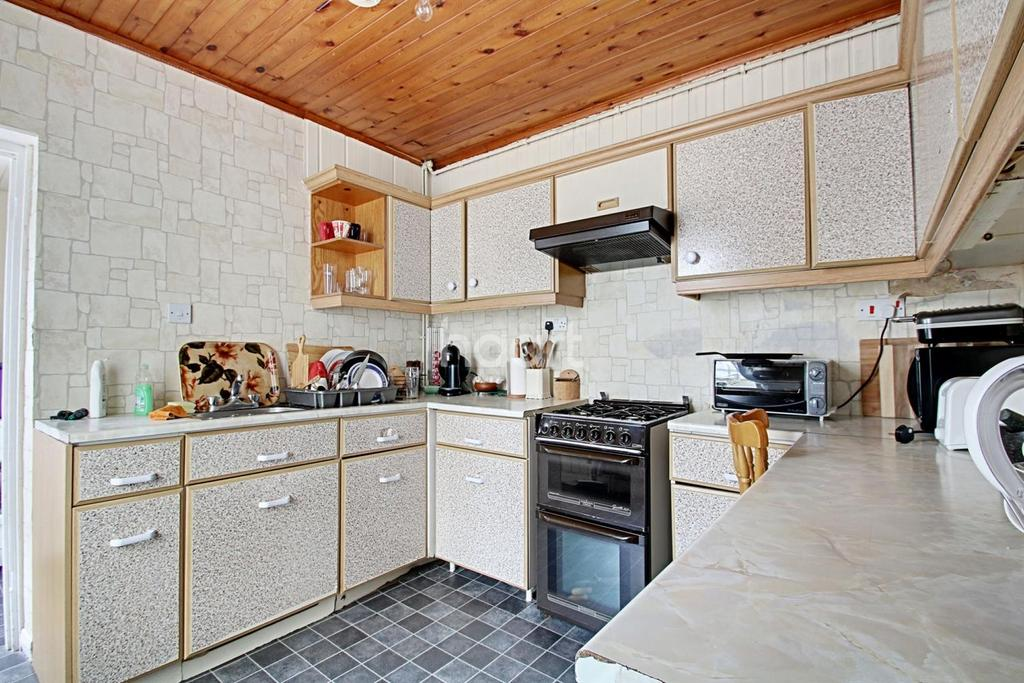 3 Bedrooms Terraced House for sale in Clyde Street