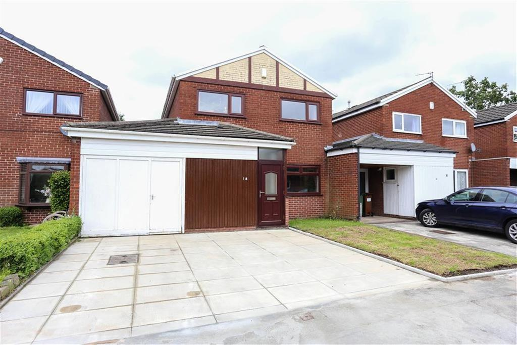 3 Bedrooms Detached House for sale in Winchester Drive, Heaton Norris