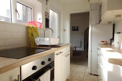 3 bedroom terraced house to rent - 44 CURZON TERRACE, YORK, YO23 1HA
