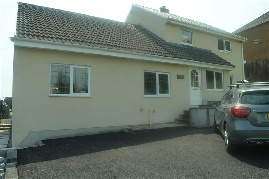 3 Bedrooms Detached House for sale in Clayton Road, Swansea, SA4