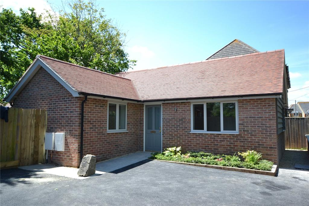 2 Bedrooms House for sale in Thorntons, Shorts Green Lane, Motcombe, SP7