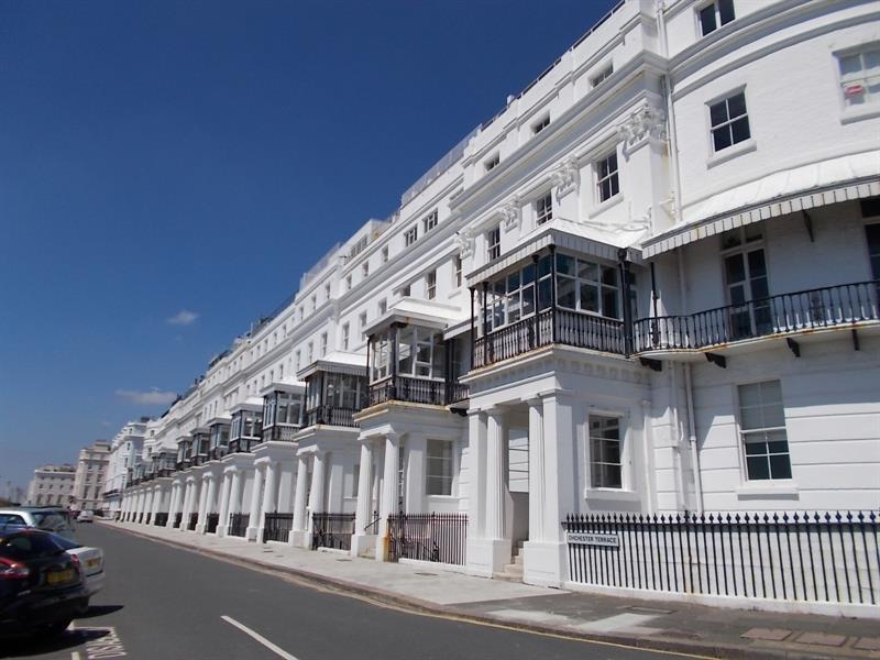 1 Bedroom Flat for sale in Chichester Terrace, Brighton
