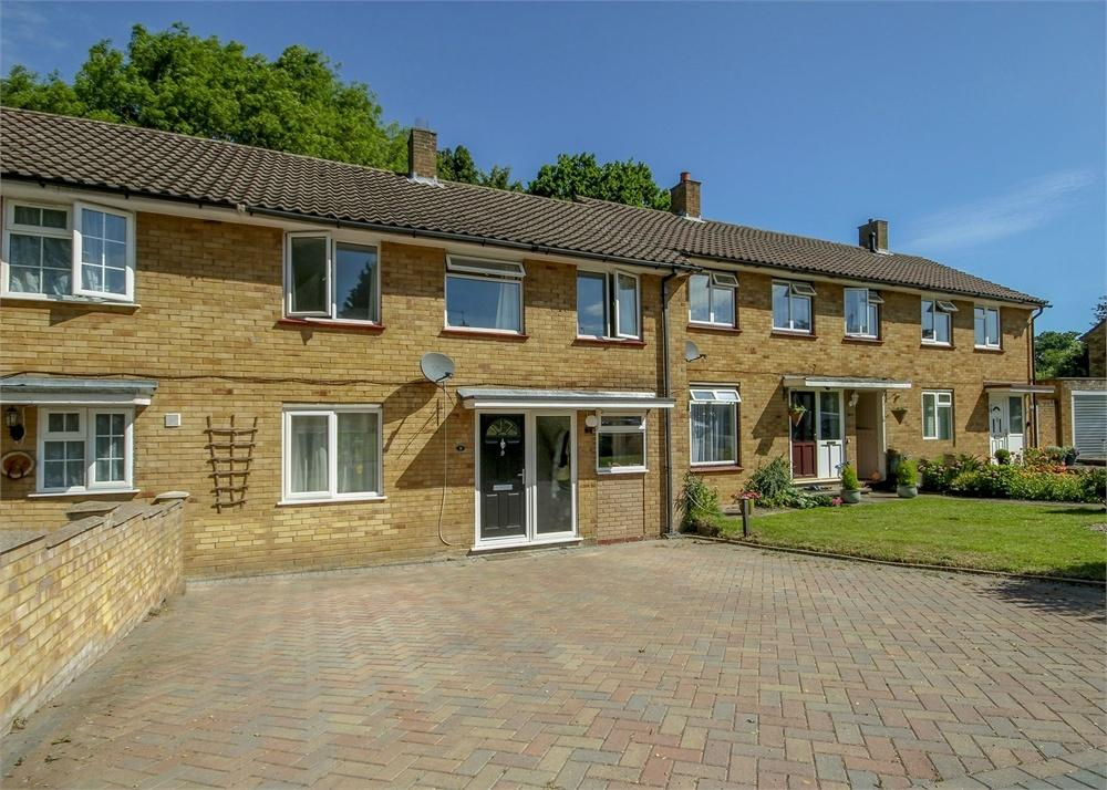 3 Bedrooms Terraced House for sale in Littledale Close, Bracknell, Berkshire