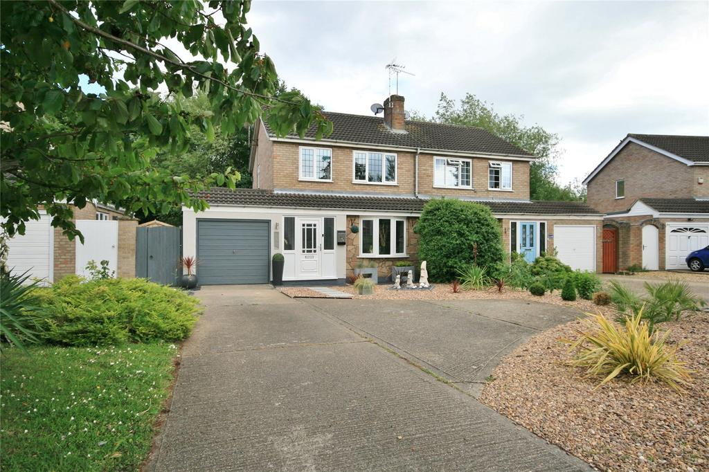 3 Bedrooms Semi Detached House for sale in Winchester Road, Grantham, NG31