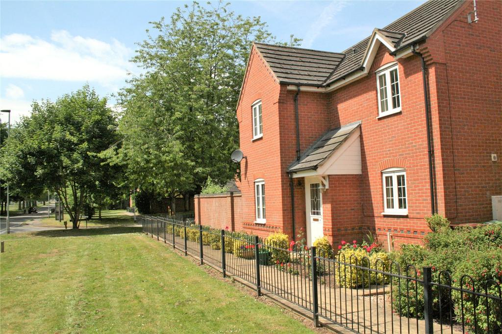 3 Bedrooms Detached House for sale in Cherry Tree Crescent, Cranwell, NG34