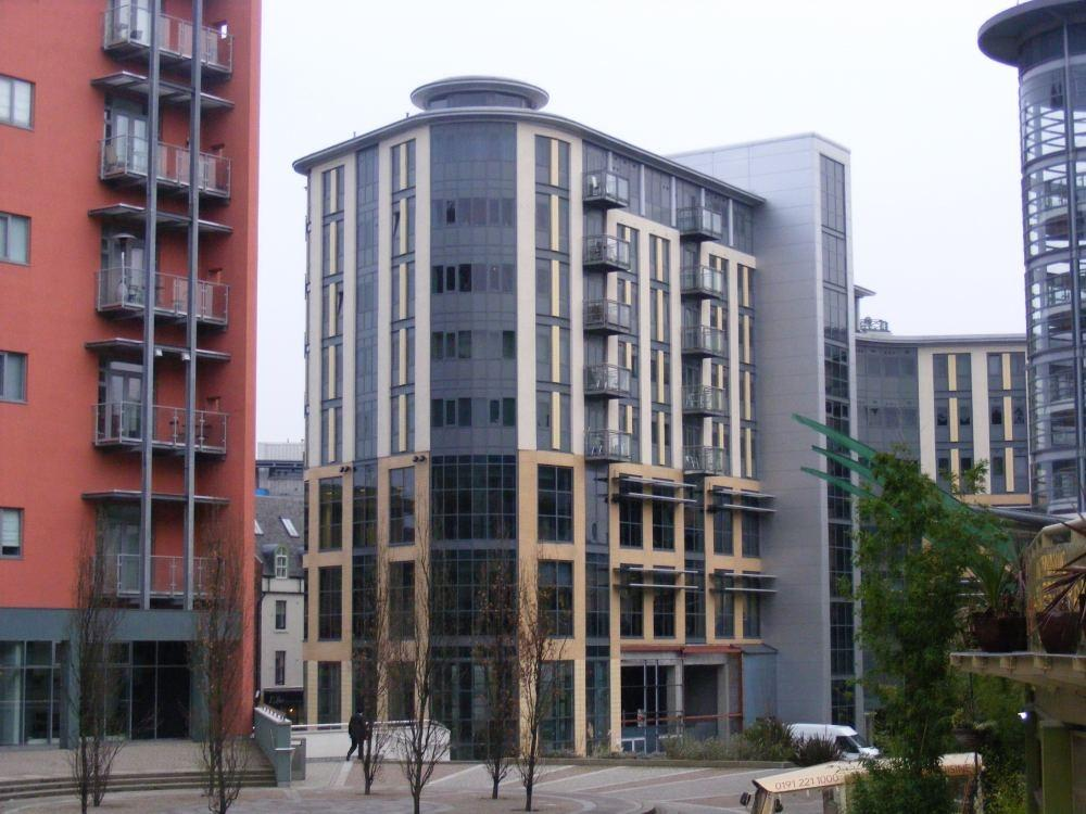 2 Bedrooms Flat for sale in City Quadrant, Waterloo Street, Newcastle upon Tyne