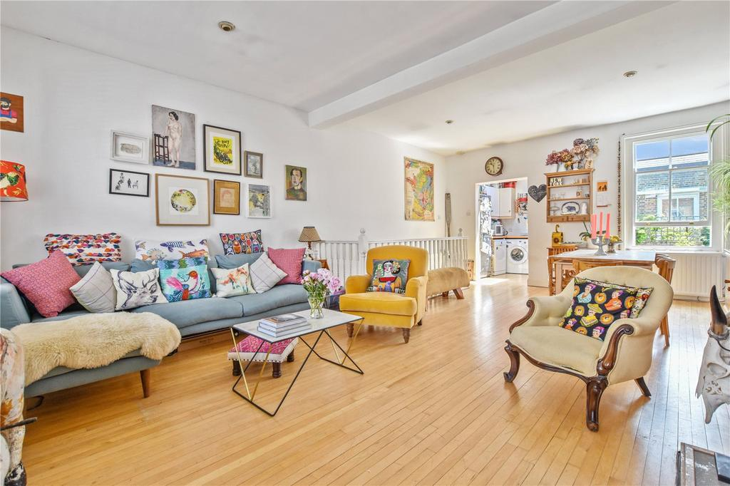 2 Bedrooms Terraced House for sale in Baxendale Street, London, E2