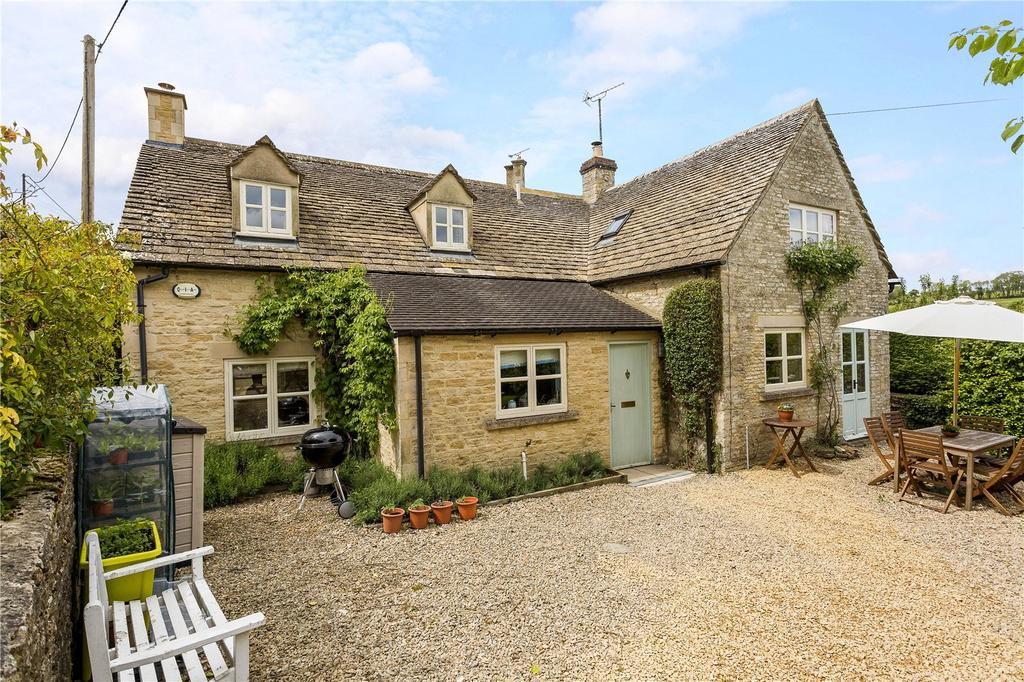 3 Bedrooms Detached House for sale in Middle Chedworth, Chedworth, Cheltenham, GL54