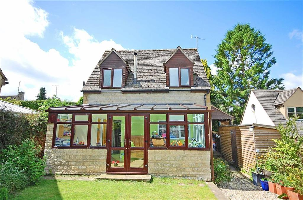 3 Bedrooms Detached House for sale in Brassington Gardens, Withington, Cheltenham, GL54