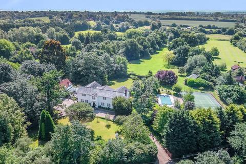 6 bedroom detached house for sale - Beggar Hill, Fryerning, Ingatestone, Essex, CM4