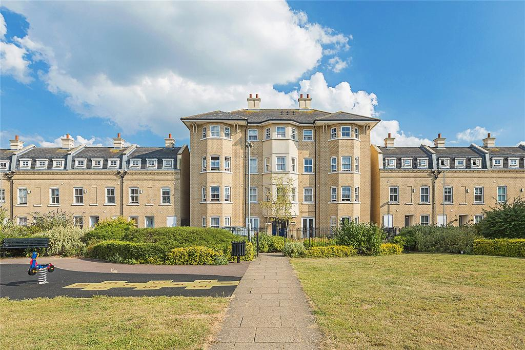 2 Bedrooms Flat for sale in St Matthews Gardens, Cambridge, CB1
