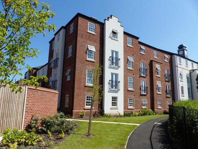 2 Bedrooms Flat for sale in Horseshoe Crescent,Great Barr,Birmingham