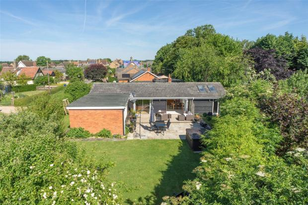 4 Bedrooms Detached Bungalow for sale in Lotfield Street, Orwell, Royston, Cambridgeshire