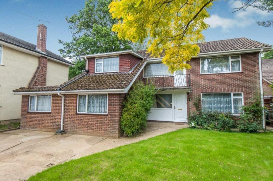 6 Bedrooms Detached House for sale in Merrow Woods, Guildford, Surrey, GU1