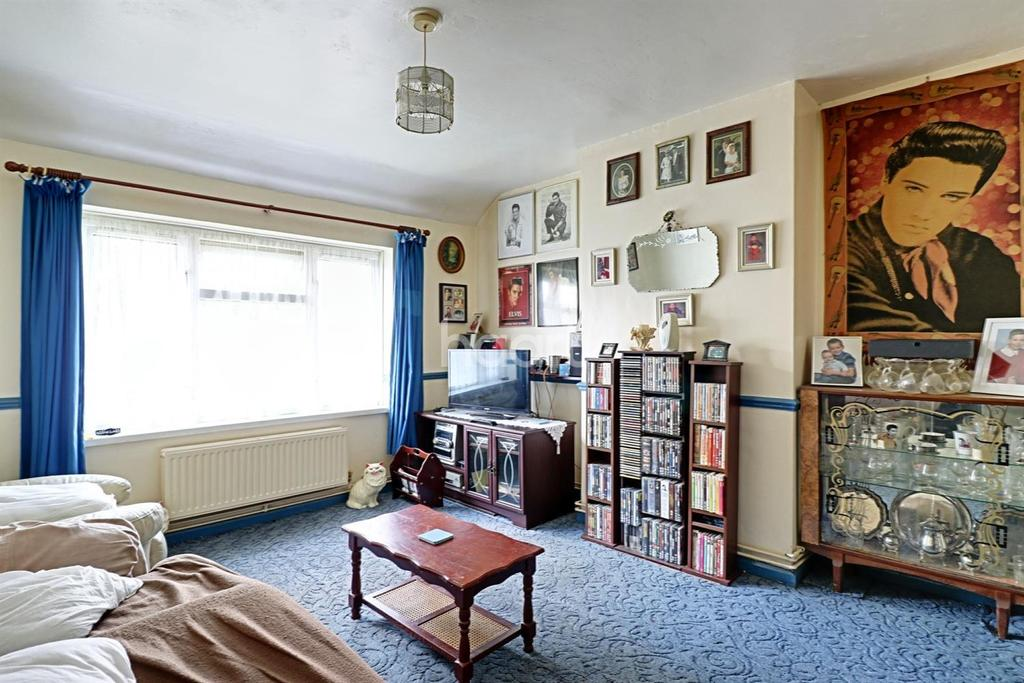 1 Bedroom Flat for sale in Stonard Road