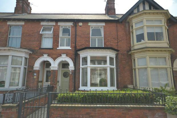 3 Bedrooms Terraced House for sale in Bradford Avenue, Cleethorpes