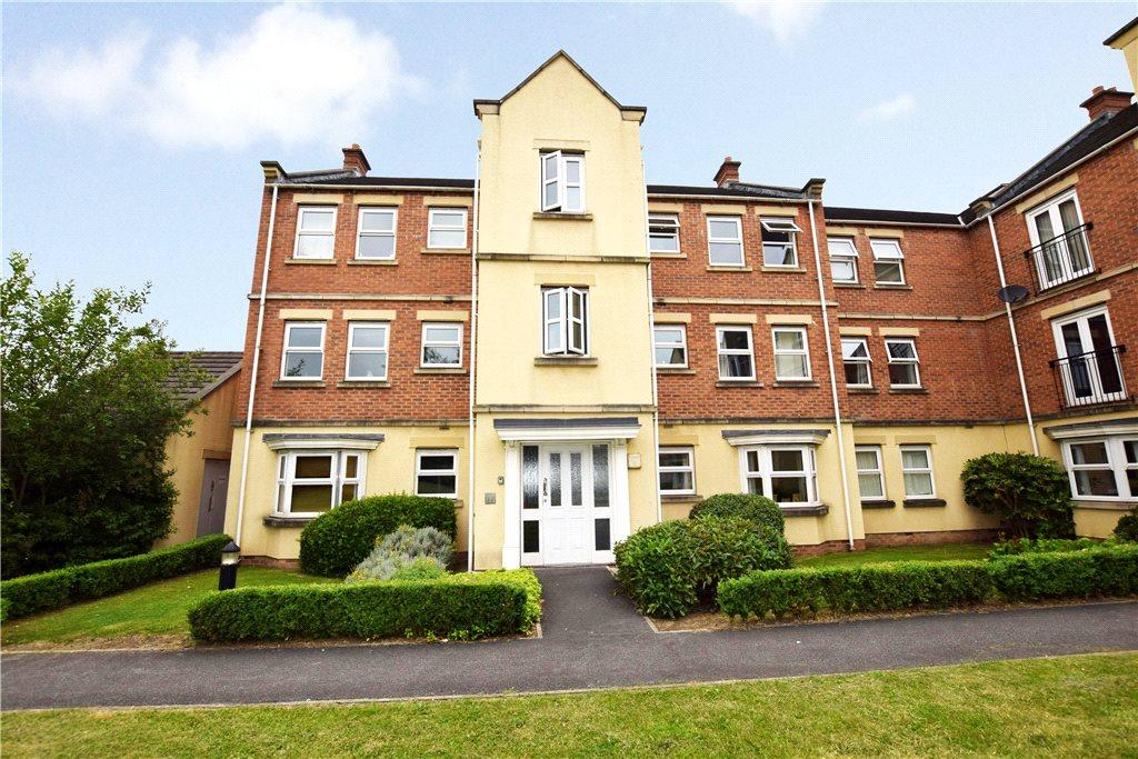 2 Bedrooms Apartment Flat for sale in Whitehall Drive, Leeds, West Yorkshire