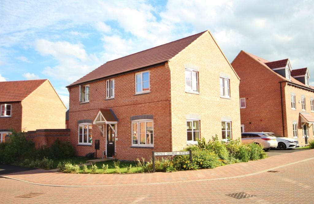 4 Bedrooms Detached House for sale in Prince George Avenue, Oakham
