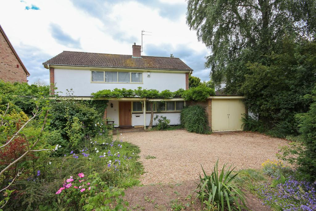 3 Bedrooms Detached House for sale in Wingate Way, Trumpington