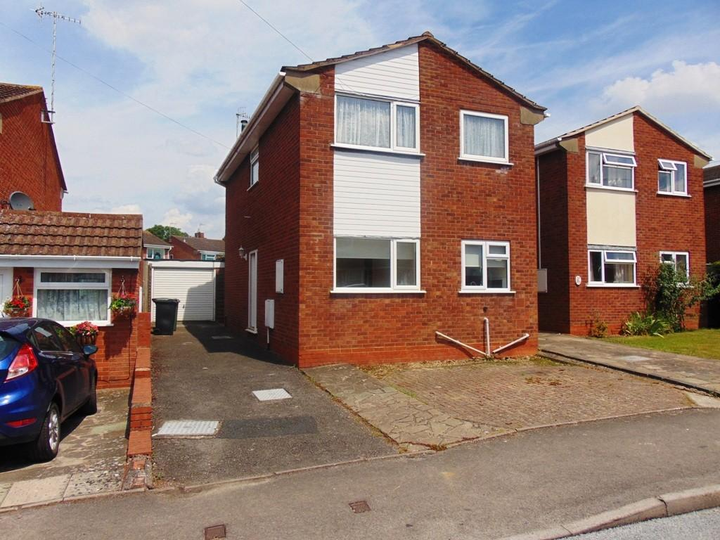 3 Bedrooms Detached House for sale in Badsey Lane, Evesham