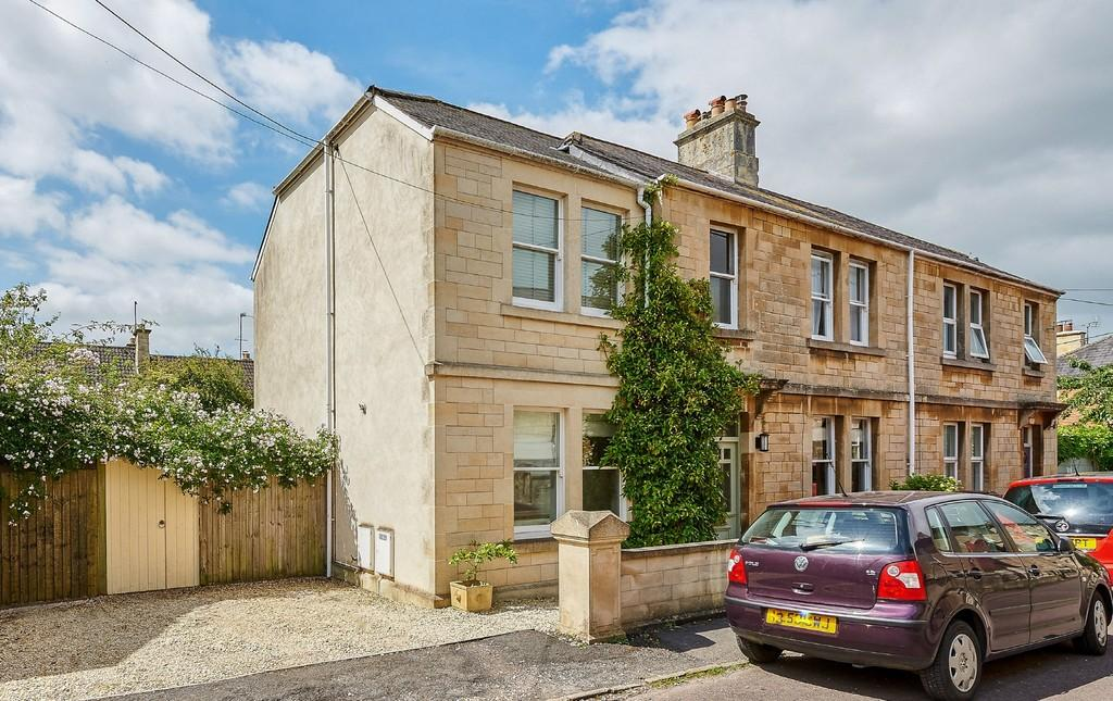 5 Bedrooms Semi Detached House for sale in Hastings Road, Corsham