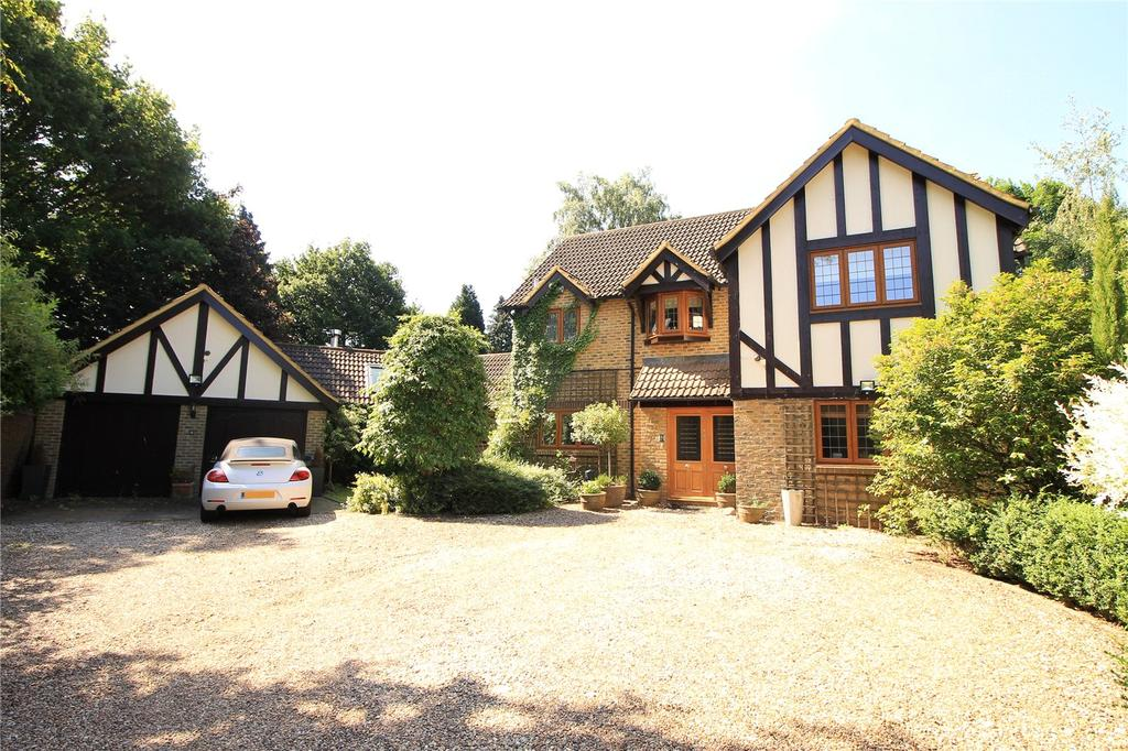 4 Bedrooms Detached House for sale in Baymans Wood, Shenfield, Brentwood, Essex, CM15