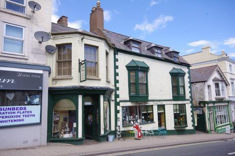 Retail property (high street) for sale - Vale Street, Denbigh