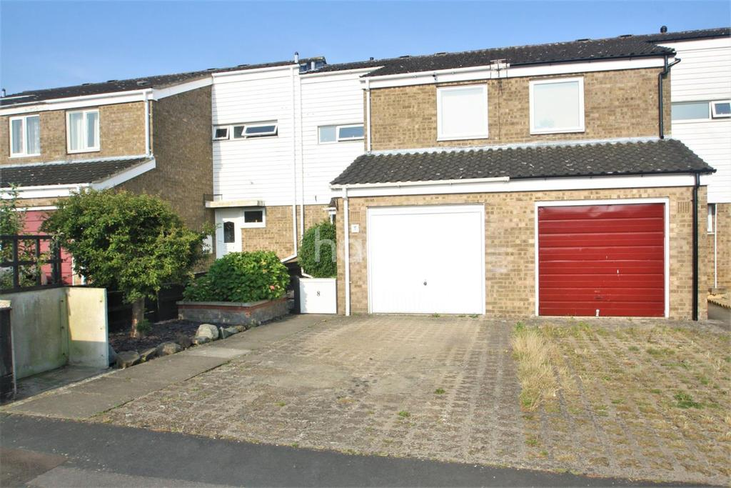 3 Bedrooms Terraced House for sale in Elizabeth Fry Close, Thetford