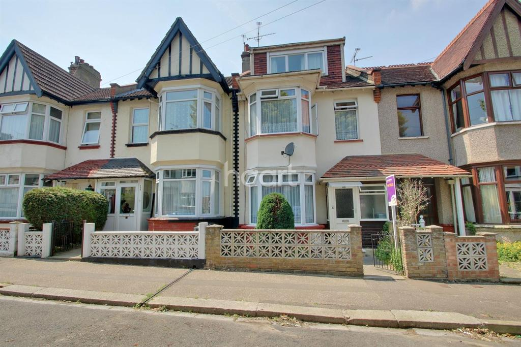4 Bedrooms Terraced House for sale in Silverdale Avenue