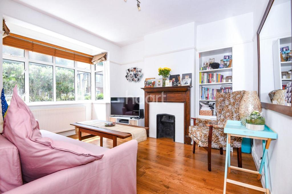 2 Bedrooms Maisonette Flat for sale in Rothesay Ave , SW20