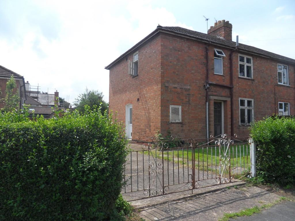 3 Bedrooms Semi Detached House for sale in Woodfield Road, Rothley