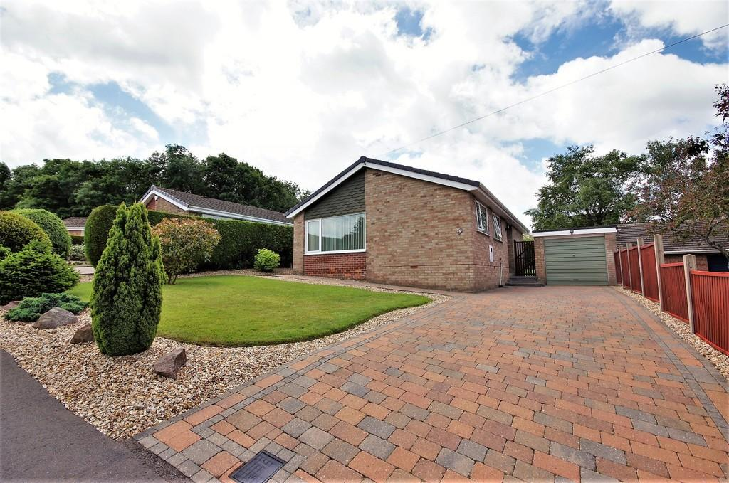 2 Bedrooms Detached Bungalow for sale in Marlborough Avenue, Washingborough