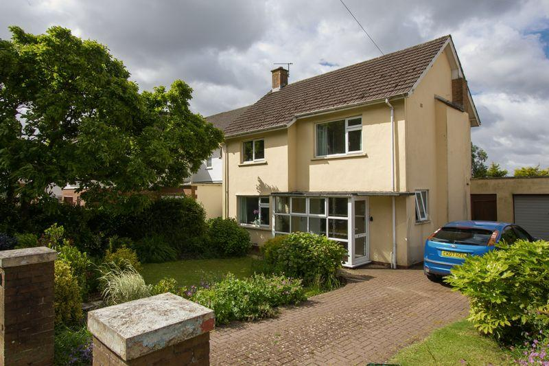 3 Bedrooms Detached House for sale in Lavernock Road, Penarth
