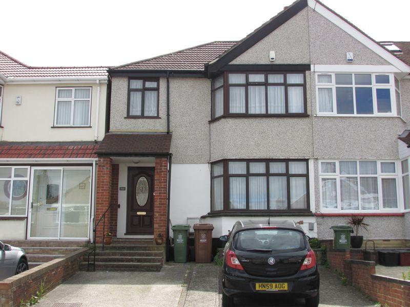 4 Bedrooms End Of Terrace House for sale in Howard Avenue, Bexley