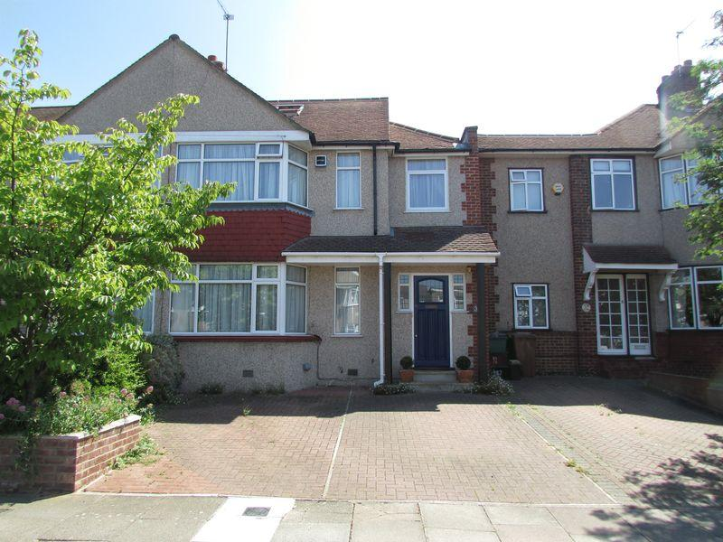 4 Bedrooms End Of Terrace House for sale in Crofton Avenue, Bexley