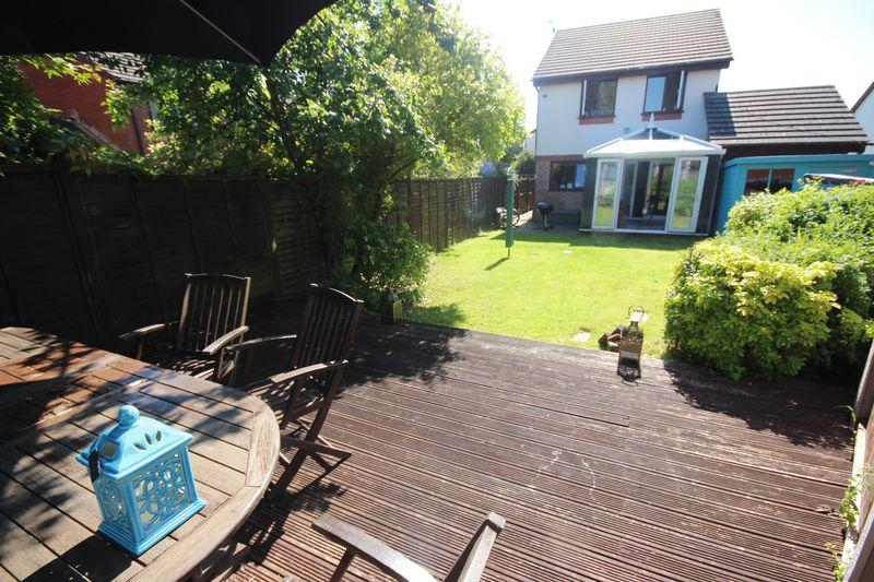 3 Bedrooms Detached House for sale in Mallards Reach, Marshfield