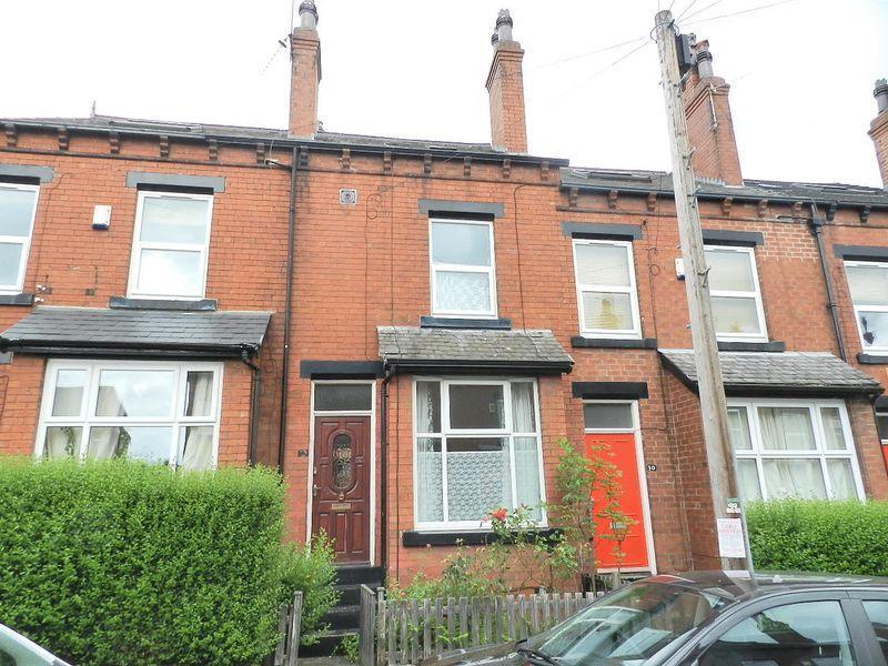 4 Bedrooms Terraced House for sale in Hessle Terrace, Leeds
