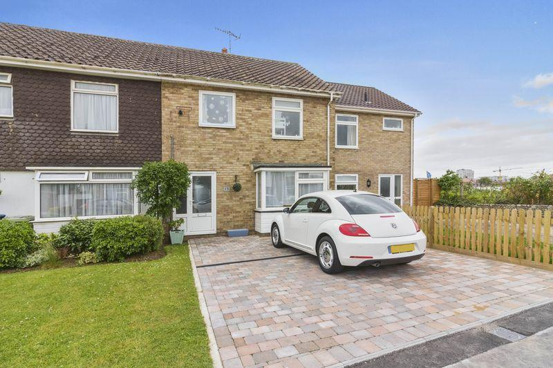 3 Bedrooms Terraced House for sale in Lincett Avenue, Worthing