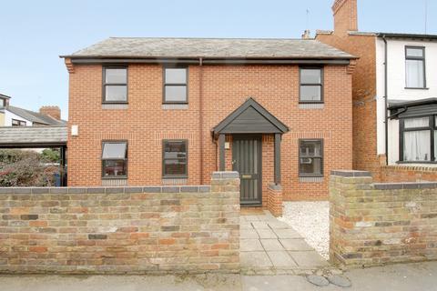 2 bedroom flat to rent - Cross Street, Oxford,