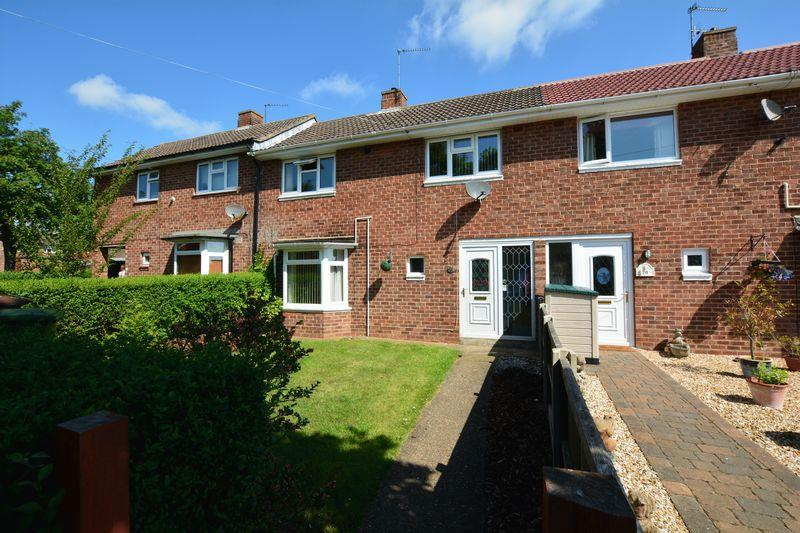 2 Bedrooms Terraced House for sale in Queen Elizabeth Road, Lincoln