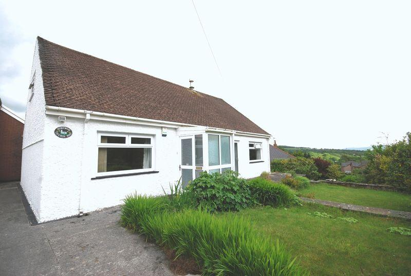 3 Bedrooms Detached Bungalow for sale in Humewood, Church Road, Penderyn, Aberdare, CF44 9JP