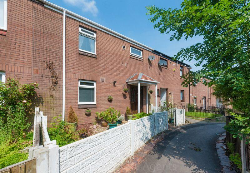 3 Bedrooms Town House for sale in Dover Close, Murdishaw, Runcorn