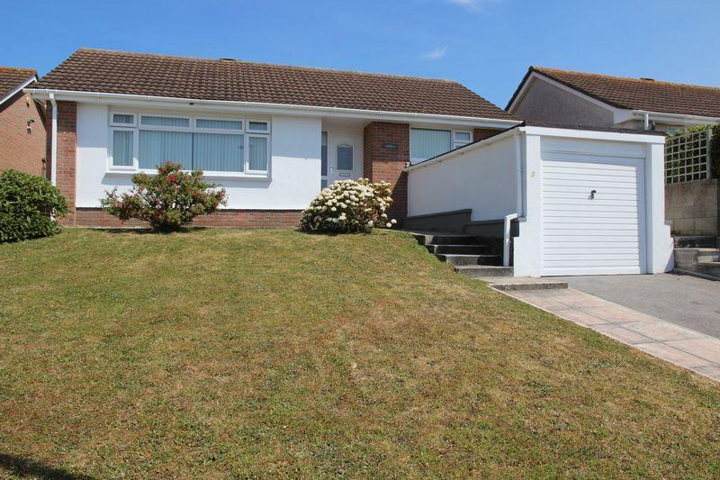 2 Bedrooms Detached Bungalow for sale in Trethewey Way, Newquay