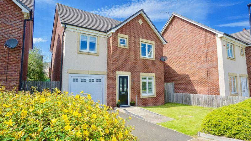 4 Bedrooms Detached House for sale in MANOR PARK, Benton