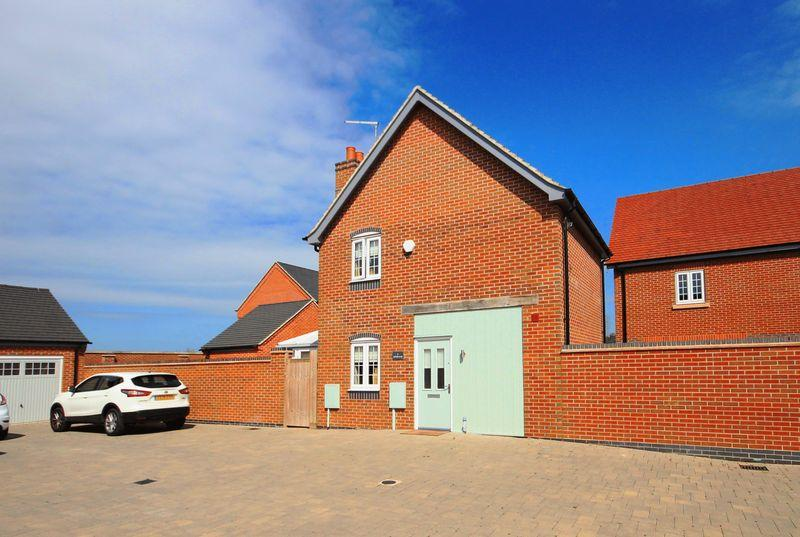 2 Bedrooms Detached House for sale in ARTHUR CLOSE, WILLINGTON
