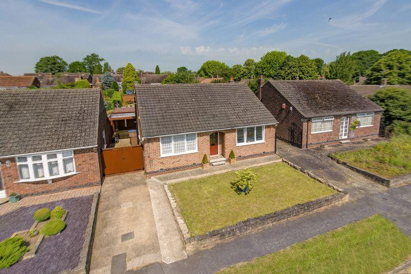 2 Bedrooms Detached Bungalow for sale in CHEVIN AVENUE, BORROWASH