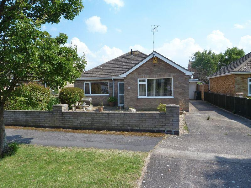 3 Bedrooms Detached Bungalow for sale in Claremont Road, PE24