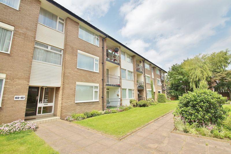 2 Bedrooms Apartment Flat for sale in Victoria Court, Birkdale