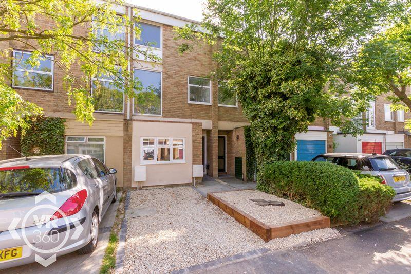 4 Bedrooms Town House for sale in Harefields, North Oxford