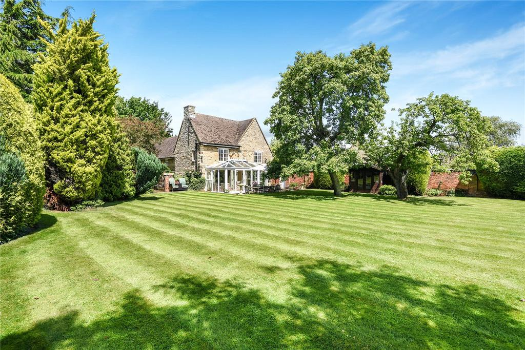5 Bedrooms Detached House for sale in Rectory Lane, Orlingbury, Northamptonshire, NN14